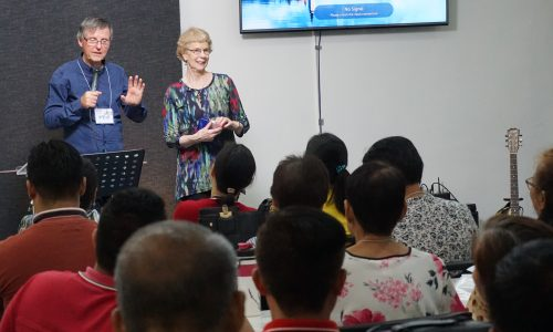 [SMI Center Hosts Seminars]